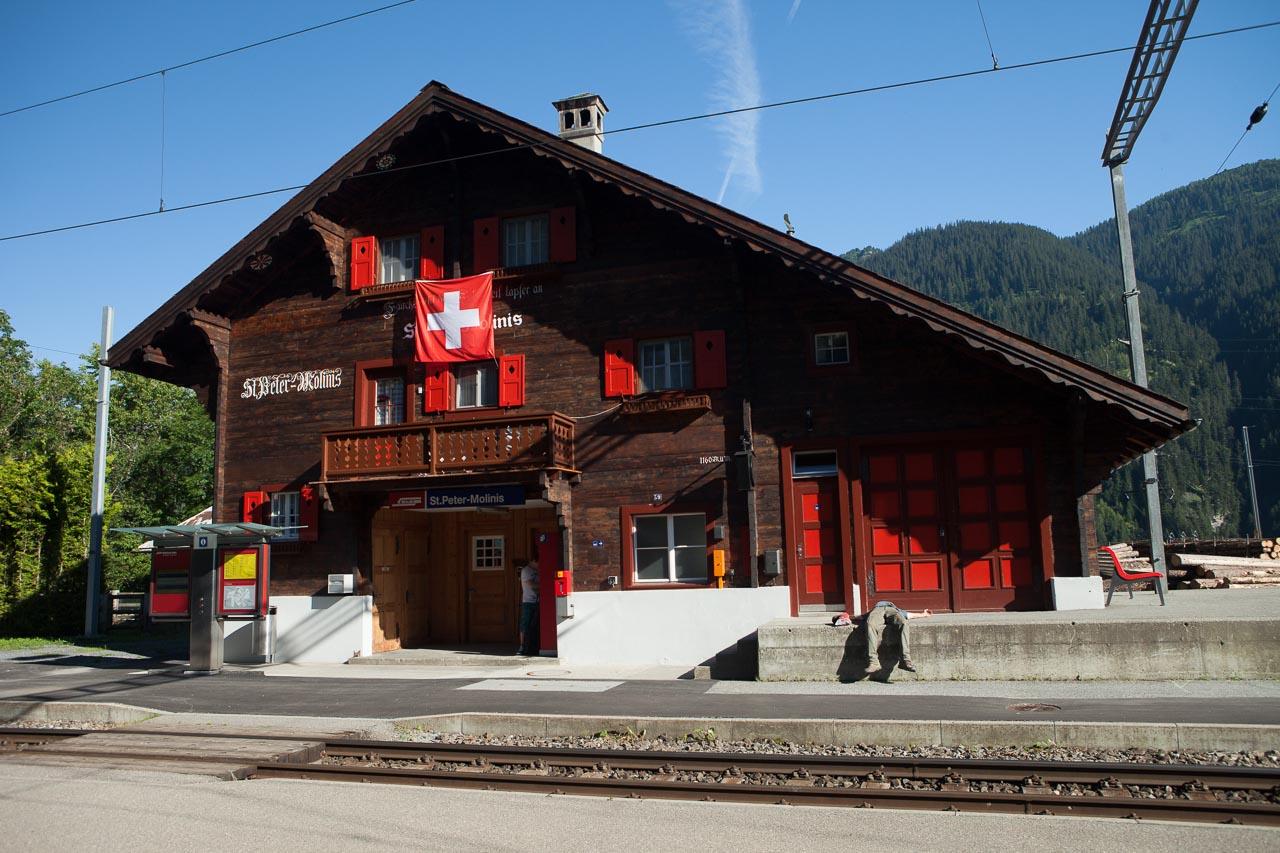 St_Peter Molinis Bahnhof 01