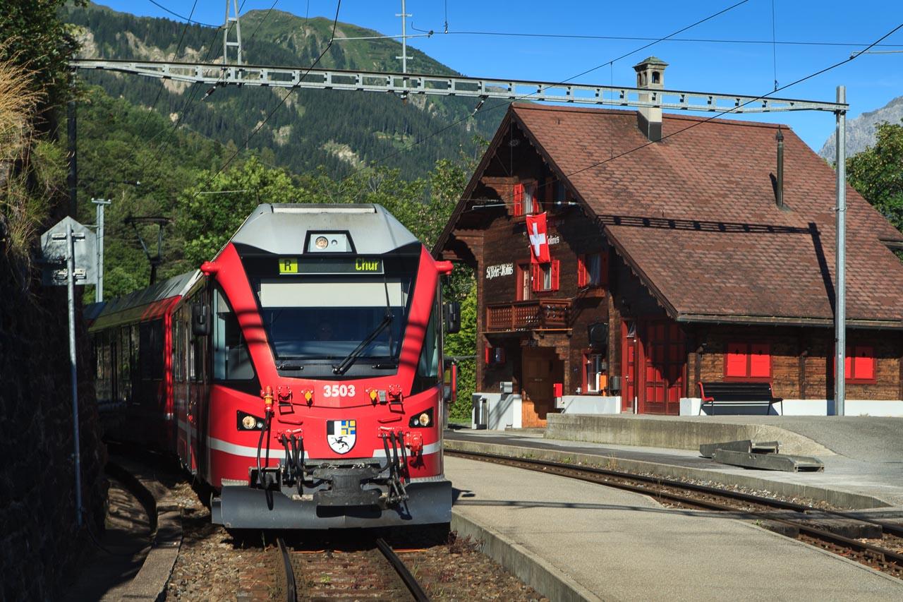 St_Peter Molinis Bahnhof 03