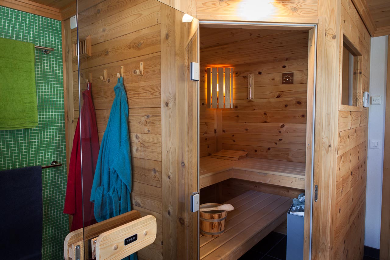 wohnung badezimmer sauna