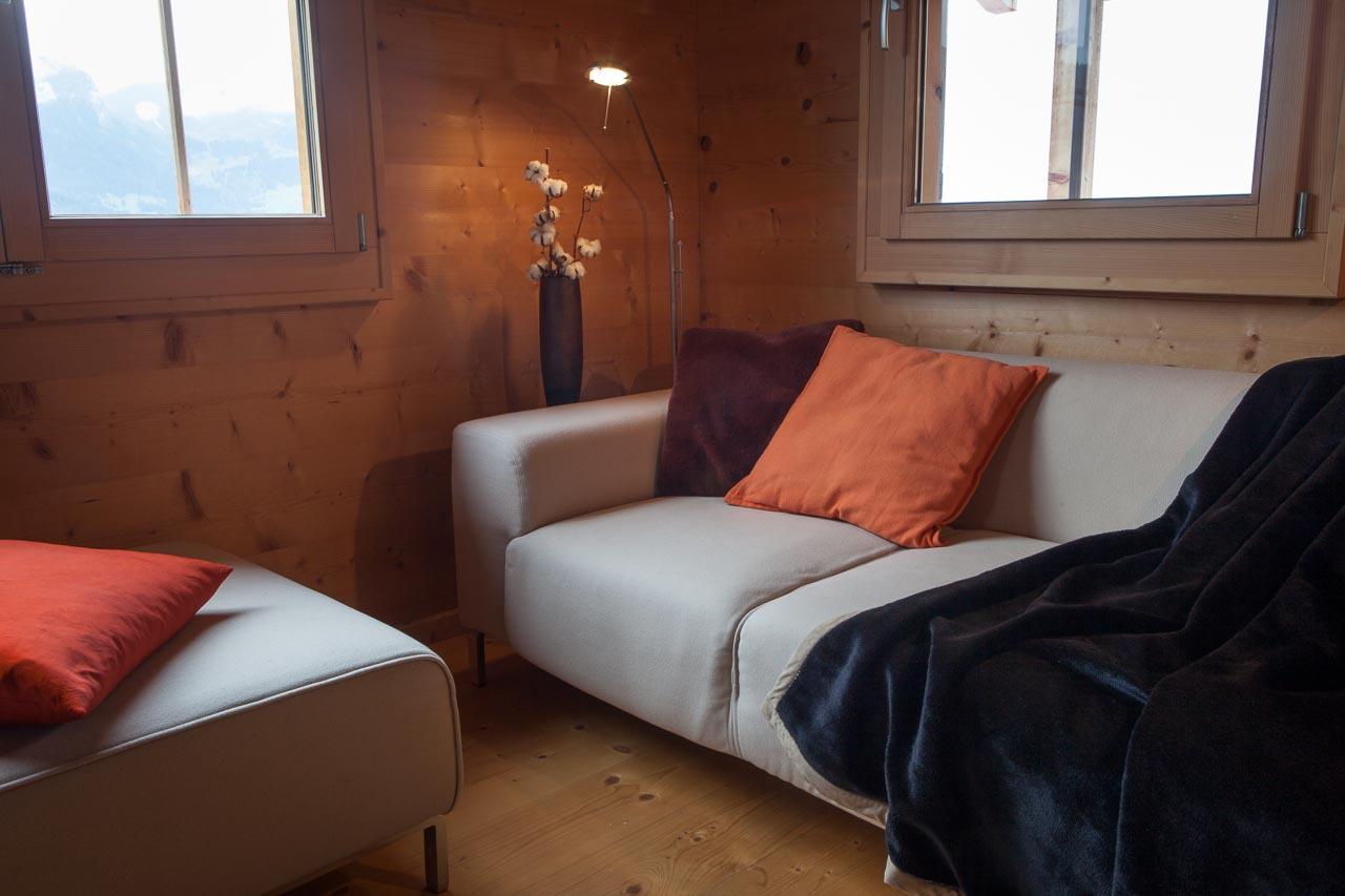 wohnung wohnbereich sofa